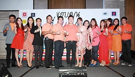 Central Festival Pattaya Beach's management team gives the party their unequivocal thumbs up.