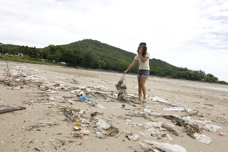 A local points out what a mess Sattahip beaches have become. It has gotten so bad, the Thai Navy had to be called in to send recruits to clean up the garbage.