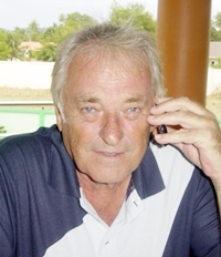 Clive Hoseason on the phone tells Ray of his success at Emerald.