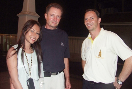Kik & Carl - Fabian Arp from Thai-Ger Line Golf with event host and hotel manager Danilo Becker.