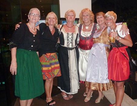 Lovely frauleins in their colourful Dirndls. (l-r) Cordi, Simone, Frederika, Marliese, Jolanda and Meike.