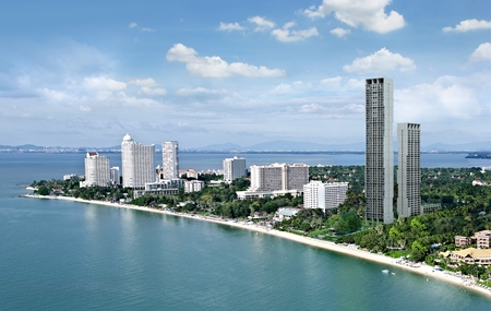 An artist's render shows Raimon Land's Zire Wongamat project in Pattaya.