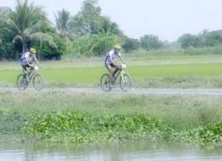 Sample the beautiful countryside around Bangkok in the Essilor Bangkok Eco Challenge Adventure Race 2011.