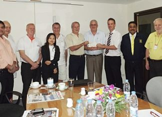 Steve Graham (4th right) MD of Securitas Thailand is flanked by William Macy (Pattaya Sports Club) and Andrew Emerey (St Andrews International School) who contributed 50,000 baht and 100,000 baht respectively towards the Pattaya Relief Fund. Members of the Pattaya Relief Group are (l-r) Tony Malhotra, Ferenc Fricsay, Gudmund Eiksund, Rungarun Harnnarong, Carl Dysin, Peter Malhotra and John Cole.