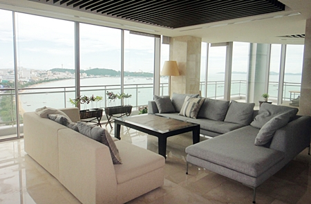 Spaciousness is one of the key features of the 960 sqm penthouse.