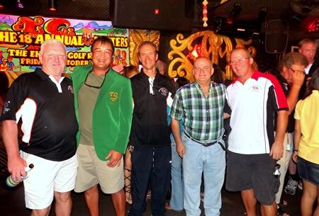 2011 Green Jacket winner Kris Kritsanajootha (2nd left) receives the congratulations of Steve, Woody, Mike and John.