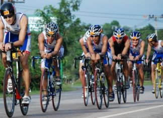 Stephane Bringer leads the elite triathletes during the cycle stage of the Laem Mae Phim Triathlon 2011.
