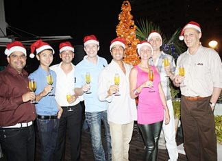 Michael Ganster, guru of dusit D2 hosted an Xmas dinner for a selected group of friends. Amongst the guests were (l-r) Tony Malhotra, deputy MD Pattaya Mail, Thongchat Chinnabut, Jacques Varet, director of F&B Mercure Hotel Pattaya, Alex Chakrabarti, GM of Mercure Hotel Pattaya, Cecilia Pitre, party manager Pullman Pattaya Aisawan, Dr. Frank Hofmann and Philippe Delaloye, GM of Cape Dara Resort.
