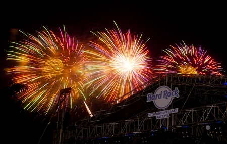 Fireworks light up the night sky proclaiming to all that the Hard Rock Pattaya is 10 years old.