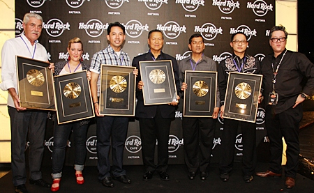 The moment of truth, the guitar smashers line up for a photo before they went wild, pieces of guitar flying in all directions before they lined up to receive a memento of the historic anniversary. (top l-r) Jorge Carlos Smith, Alice Russell, Chaowalit Saeng-Uthai, General Kanit Permsub, Mayor Itthiphol Kunplome, Auttaphol Wannakij, and Greg Lee, vice president - operations of HPL Hotel & Resort.