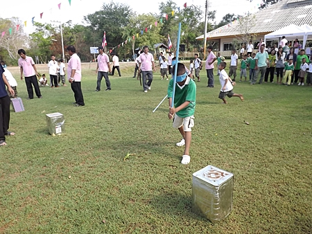 Playing traditional Thai games at the Banglamung Home for Boys.