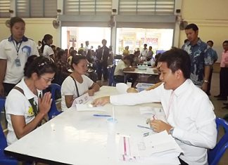 Flood victims receive some compensation from the government for their suffering during the Sept. 30 and Oct. 8 floods.