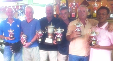 PGS Championship winners Pete Sumner & Dave Cadwallader (centre), flanked by runners-up Larry Slattery and Ray Banks, with Player of the Year Wichai Tananusorn and Mr Len