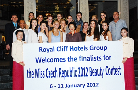 The Royal Cliff Hotels Group was chosen as the first location to host 14 finalists of the Miss Czech Republic Beauty Contest 2012 during their Tourism Authority of Thailand sponsored 2-week tour around Thailand recently. Panga Vathanakul (centre), MD of the Royal Cliff Hotels Group, Joachim Grill (left), general manager and Ranjith Chandrasiri (2nd left), deputy general manager were on hand to afford them a personal welcome.