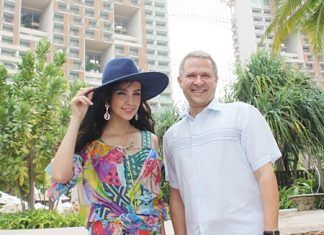 Andre Brulhart, GM of Centara Grand Mirage Beach Resort Pattaya welcomes Sara Legge, supermodel and Channel 3 actress during her visit for a fashion shoot for Preaw Magazine at the resort recently.