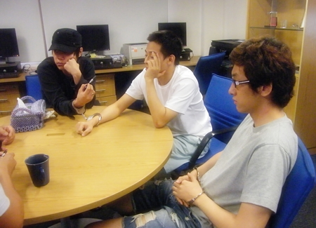 Koreans Ji Woo Lee, Seungho Lee, and Jinwoung Cho have been remanded to custody for operating an illegal online casino in Naklua.