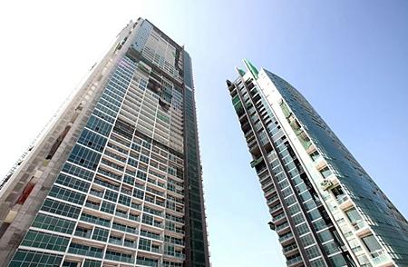 Construction nears completion on Raimon Land's luxury 'The River' project in Bangkok. (Photo/Raimon Land)