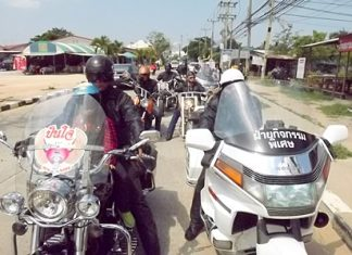 """Bikers Without Borders"" cruise through Pattaya."