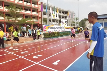 A race for the line in the girls sprint event.