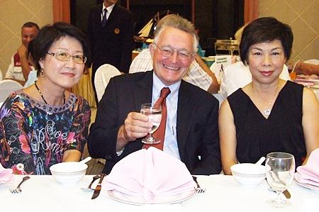 (From left) Vicky Strunk, Dr. Paul Strunk and Rosita Li - Meier.