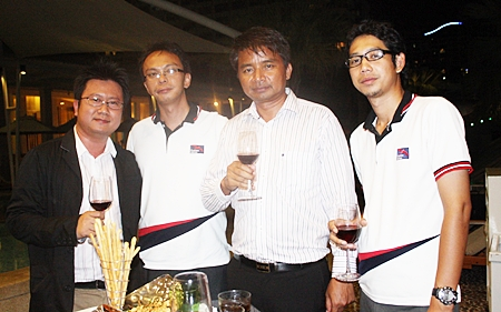(L to R) Chaiwat Sukmaitree, operation director; Samran Tapsay, project manager; Peera Thaweechart, managing director; and Premchai Boontam, general manager, all from Albatross Logistics Co., Ltd.