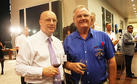 (L to R) David Cumming, general manager of Amari Orchid Resort & Tower, Pattaya chats with Derek Brook, chairman of the Royal British Legion Chonburi Thailand Branch.