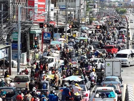Sukhumvit Road is back up for over 5 km.
