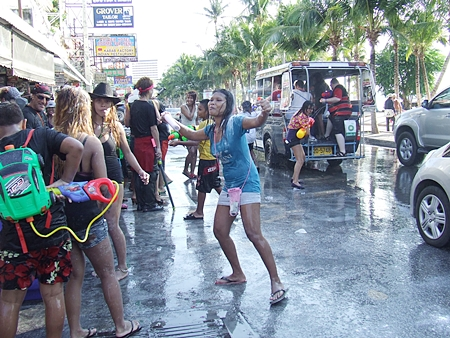 "National Songkran began on April 13; Pattaya's official ""Wan Lai"" was yesterday, April 19.  But with the water mayhem in Pattaya beginning as early as April 9 this year, it's been 10 days since people here who need to travel by public transportation have been able to arrive at their destination dry."
