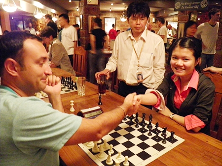 GM Farrukh Amonatov faces WGM Pham Le Thao Nguyen of Vietnam in the final of the Blitz Championship.