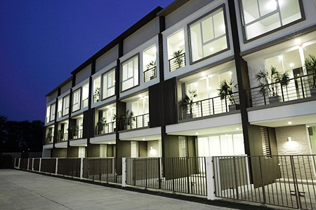 LPN's new Lumpini Town Residence project in Bangkok.