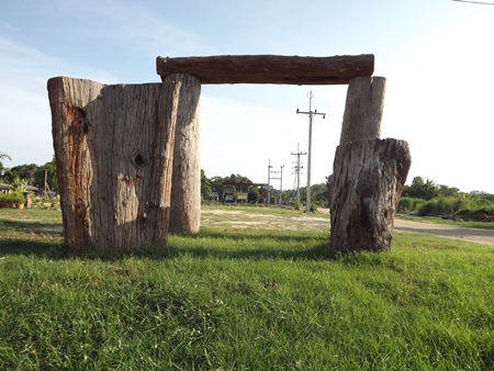 These giant tree trunks set up near Siam Country Club have local residents and tourists thinking England's Stonehenge has been replanted in Thailand.