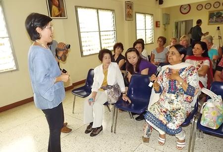Binota Banerjee expresses her feelings to Radchada Chomjinda during the briefing session.