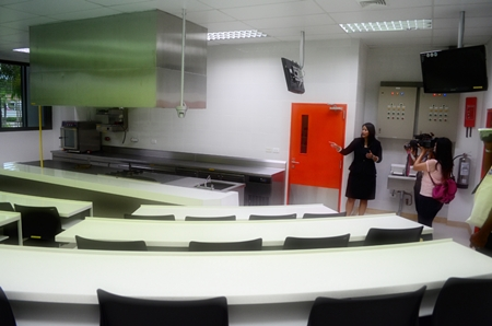 A modern classroom where student chefs learn the tricks of the trade.
