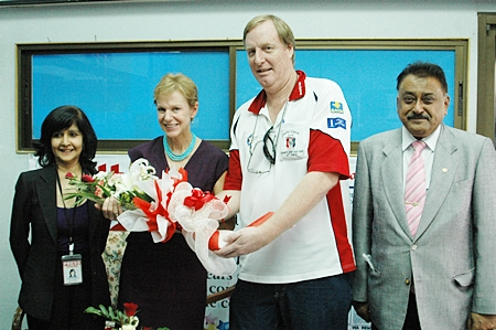 (L to R) Pattaya Mail on TV Director Sue Kukarja, HE Kristie Kenney, Executive Editor Dan Dorothy and MD Peter Malhotra thank the ambassador for her visit and talk.