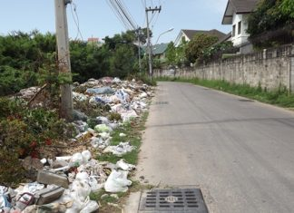 Apparently Pattaya's Sanitation Office sanitation office knows about this illegal dumping, but is doing nothing about it.