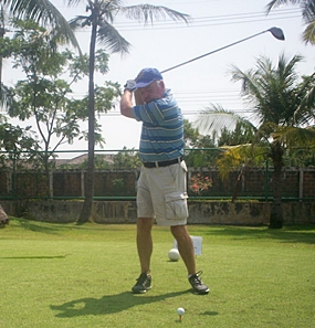Tom Jones practicing the new golf swing