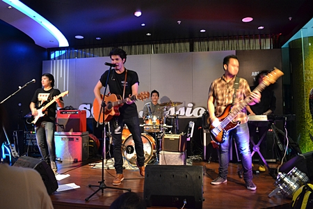 Wan Thanakit Phanitwit shows off his vocal talents at The Soul Lounge Sessions.