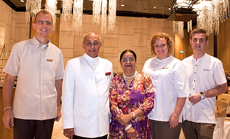 Taking time off from the strenuous board meeting held in Pattaya last month, Rotary International President Kalyan Banerjee (2nd left) and his wife Binota (centre) spent some quality time together at the Hilton Pattaya where they were welcomed by GM Harald Feurstein, (left), Ms. Peta Ruiter (2nd right), Director of Business Development and Simon Bender (right), Director of Food & Beverage.