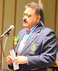 PDG Pratheep Malhotra speaks of 'Peace Through Service'.