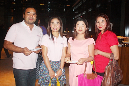 Nattaphong Yoomuenawai, Wanassanan Intamon, Thanida Mongkonwutthidaj and Budsaba Malinon, all from Kim Chua Group Co., Ltd.