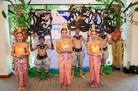 Schoolchildren perform a beautiful dance.