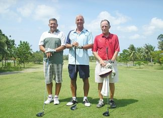 Alan Pilkington, Pete Sumner and Chris Voller at Pattana.