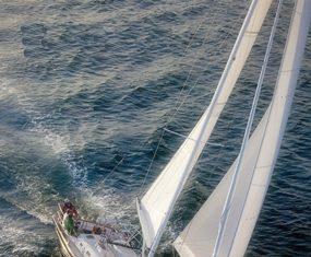 The Tartan 4000 under sail.