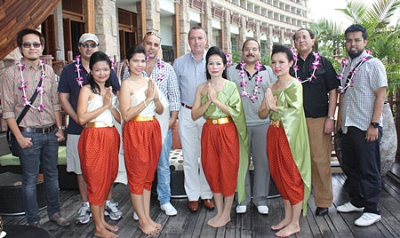 Tourism Authority of Thailand and Centara Hotels & Resorts recently hosted a Dubai Media FAM Trip for journalists based in the middle eastern country.  They were well looked after during their stay by Paulo De Matos (centre) Executive Assistant Manager of Rooms for Centara Grand Mirage Beach Resort Pattaya. Posing behind the lovely hotel staff are (l-r) Hatsanai Chaisri, Marketing Officer, TAT Dubai & Middle East Office, Abdulrahman Fahd Alharthi, Editor in Chief, Sadiyaty Women Magazine (Arabic), Moustafa Rahmooni Abdulrahman, Feature Writer, Kul Al Usra Magazine, De Matos, Mohamed Naser Elnacdy Mohamed Deghedy, Feature Writer, Almaraa Alyoum Women Magazine, Dr. Ahmad Salama, Editor in Charge of Alsada.ae website, Mohamad Faizal Bin Dahlawia, Sub-Editor of Arabian Women Magazine.