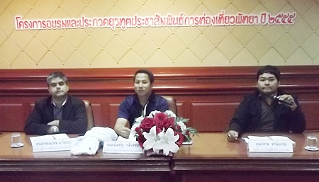 (L to R) Tony Malhotra, Dhaninrat Klinhom and Wisan Thaksisachai talk to the students about what is expected of them.