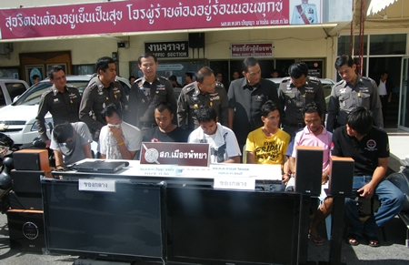 Police have arrested seven men suspected of dealing drugs to Pattaya jet ski vendors and tourist guides.