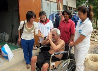 80-year-old Shalan Sakolyuth says thank you for the wheelchair.