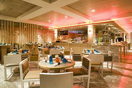 Beach Club Restaurant - Pullman Pattaya Hotel G
