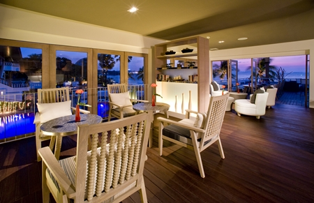 Sunset Lounge at Pullman Pattaya Hotel G