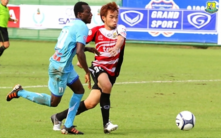Pattaya United are seen in action against Air Force United in the Toyota Cup, Wednesday, July 11, at the Thupatemee Stadium in Ragsit. (Photo/Pattaya United)